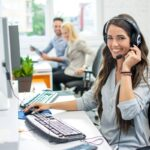 What internet companies have customer support in Australia?